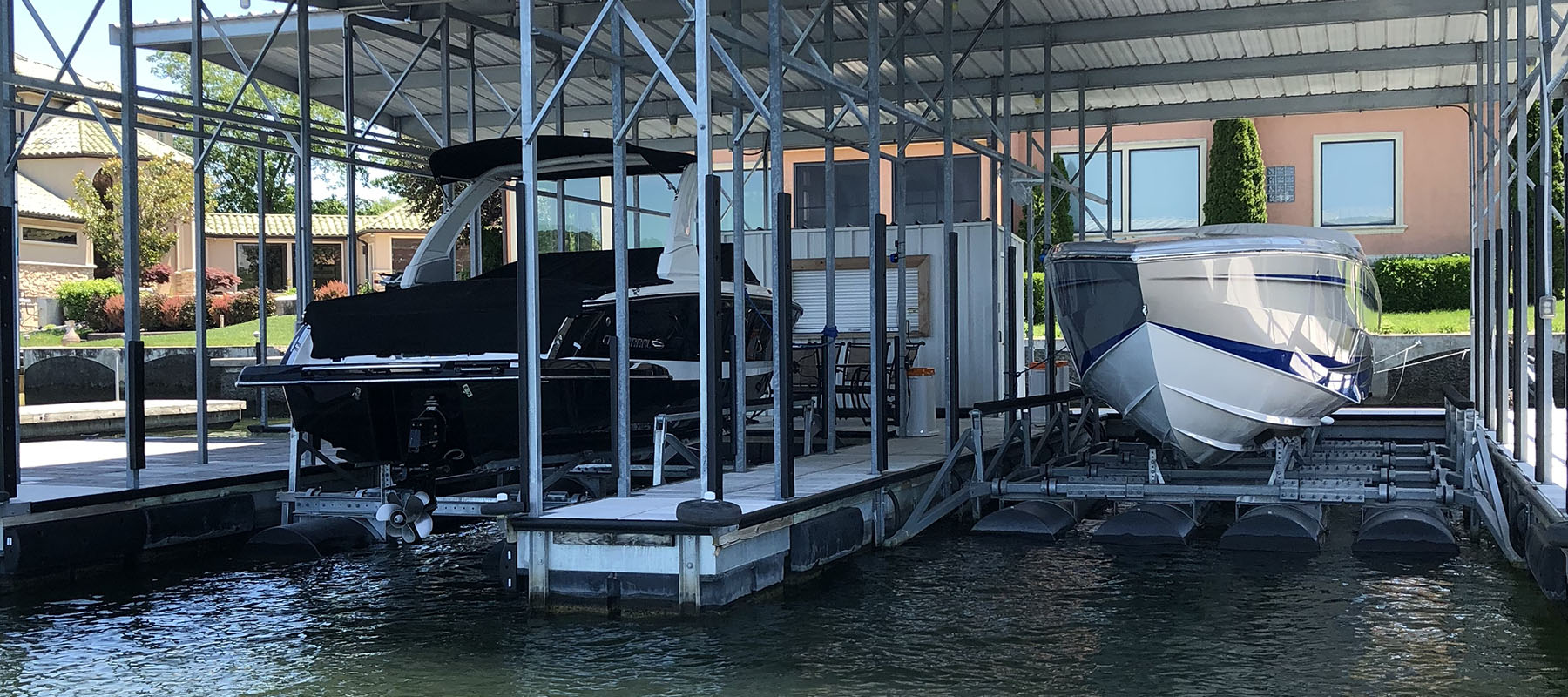 20,000 lb boat lift at the Lake of the Ozarks