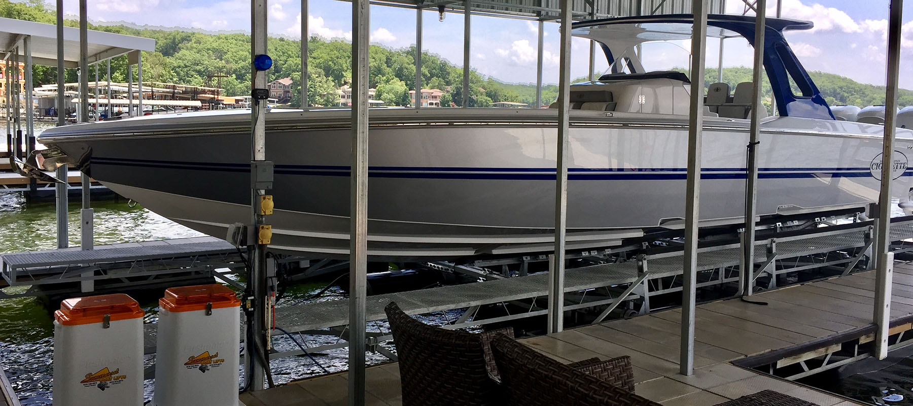 24,000 lb boat lift at the Lake of the Ozarks